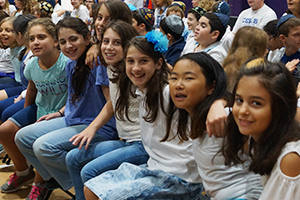 Lower School students at Kabbalat Shabbat